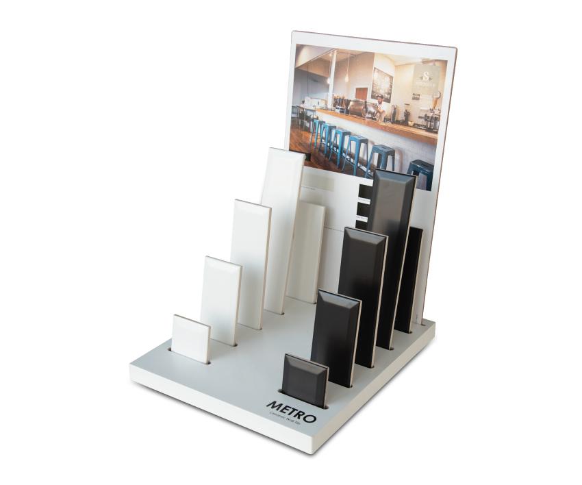 SOTTOCER-marketing-display-metro-1